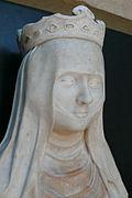Partie haute de la statue de Jeanne d'Évreux