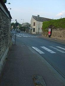 Rue de Verdun, route départementale 216, en 2007