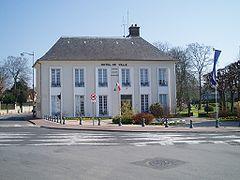photographie d'une maison bourgeoise, qui accueille actuellement la mairie depuis 1942.